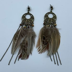 Jewelry - NEW brown and gold boho feather fashion earrings